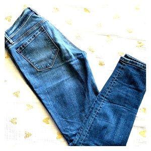 Super skinny LOFT jeans. EUC
